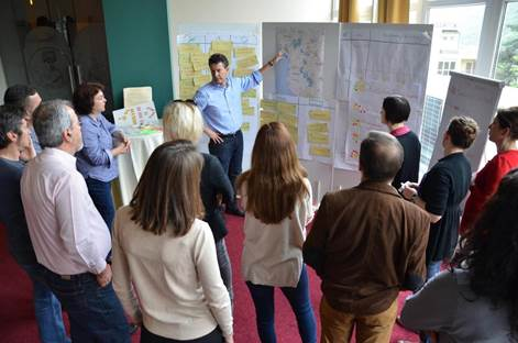 During the workshop, a group discusses regional conservation strategies. Photo by Felix Cybulla.